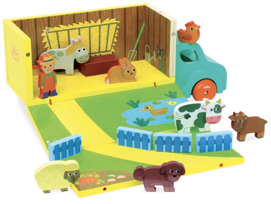 Wooden Farm Set in Truck