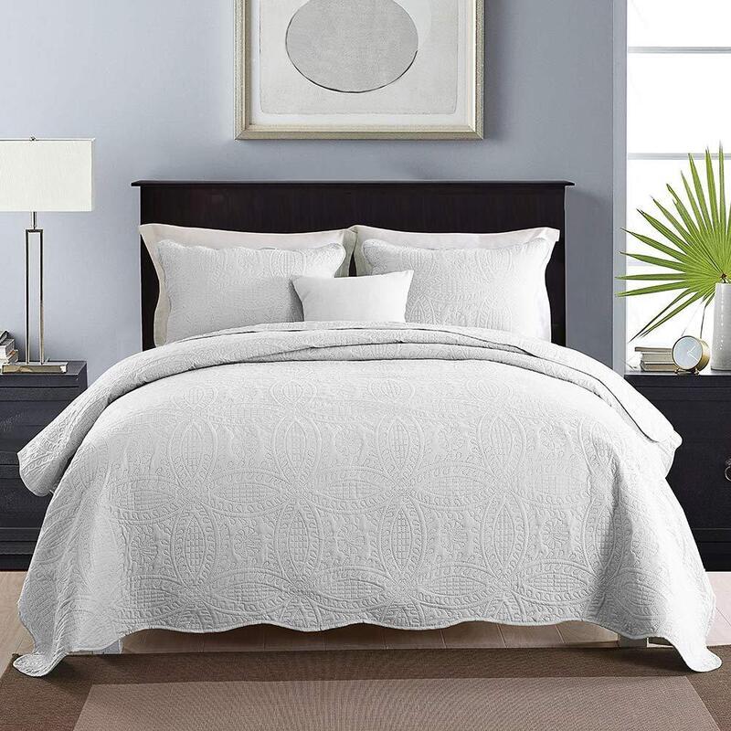 3 Piece Chic Microfibre Coverlet Bedspread Comforter Set Queen / King White 230x250cm