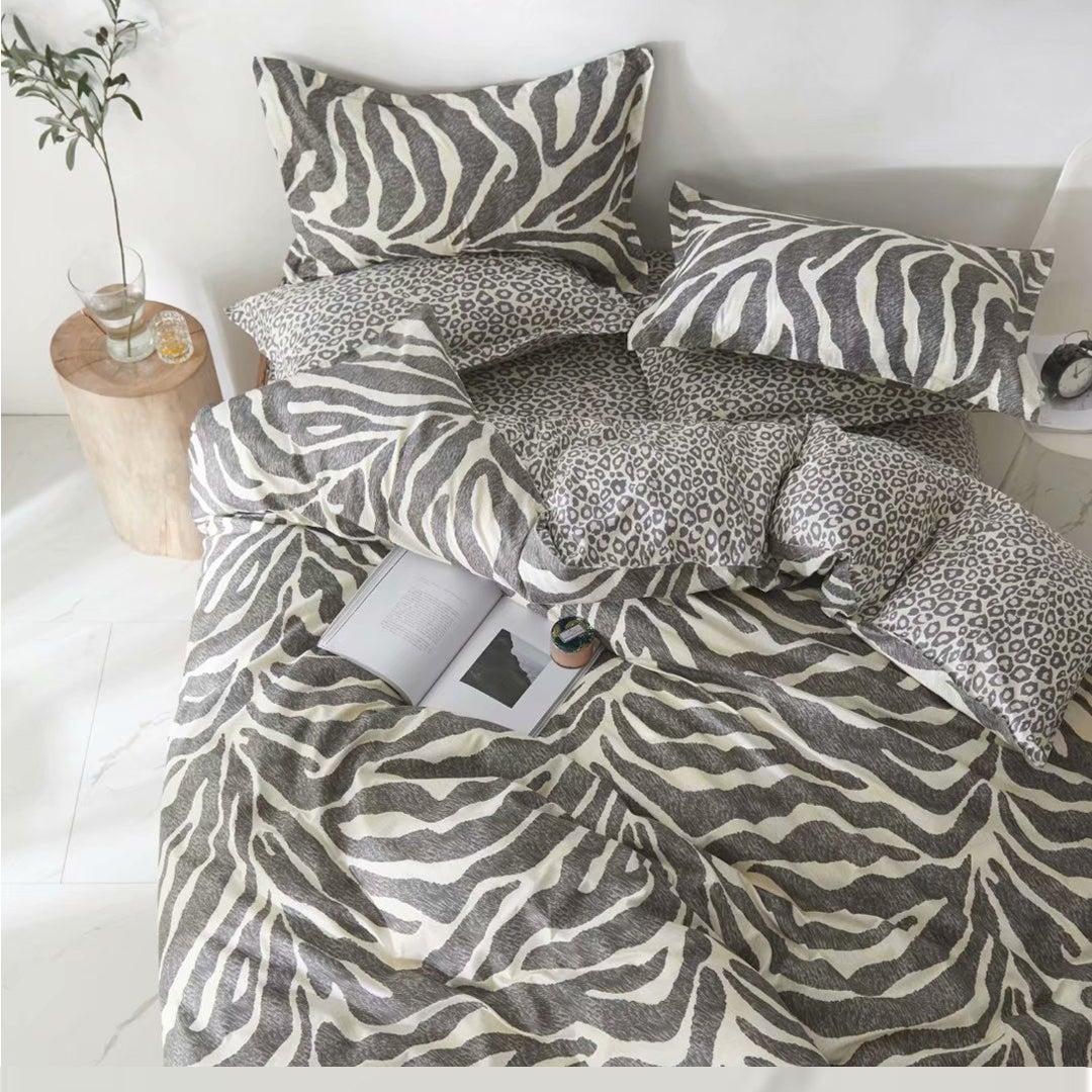 King Duvet Cover Doona Cover Set Leopard and Zebra Design Cotton Fibre Quilt Cover 3 Pieces Bedding Set