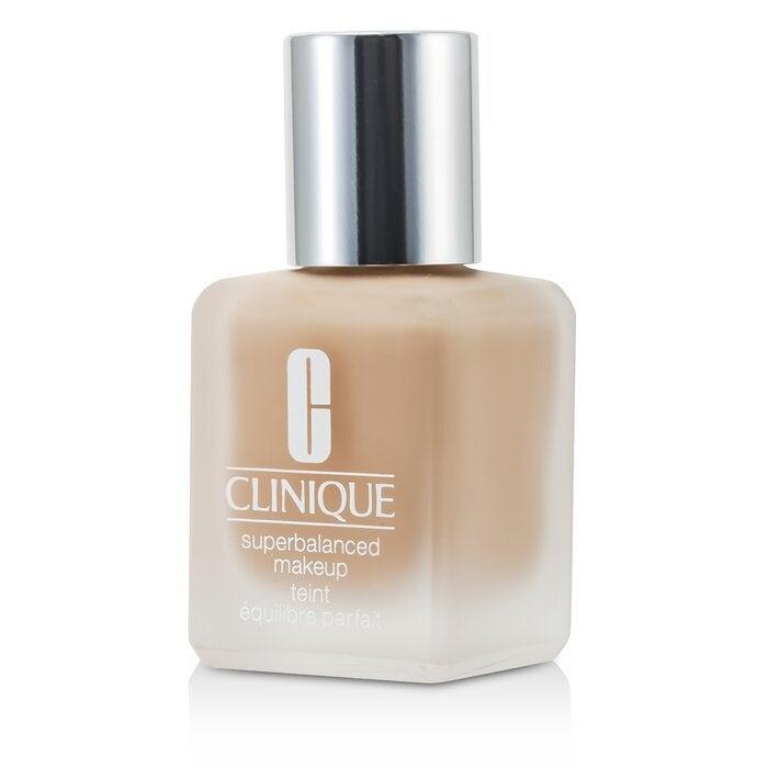 CLINIQUE - Superbalanced MakeUp