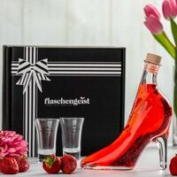 Shoe Bottle - Gift Box - Strawberry Liqueur with 24 Carat Gold Flakes - Mother's Day Gift