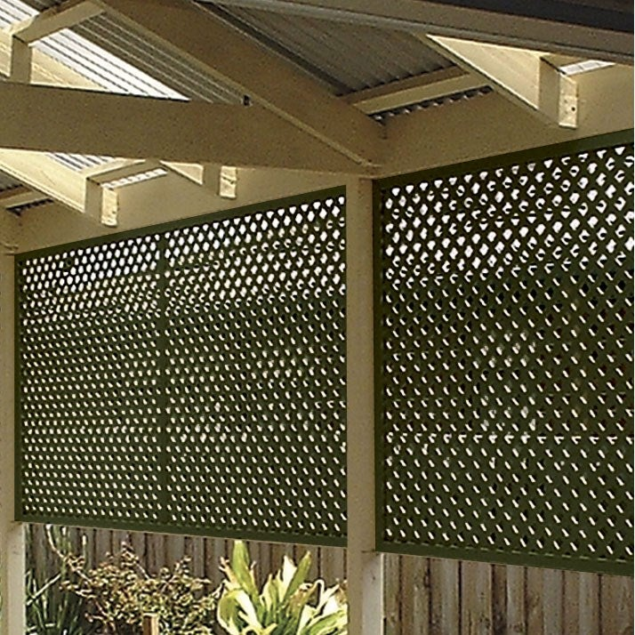 NEW Green Matrix Plastic Lattice 2400mm wide x 1200mm high x 5mm Backyard Garden