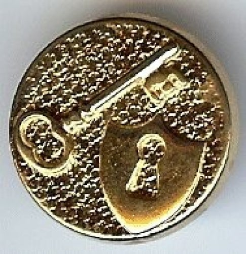"""Lock and Key Shield Button in Gold Finish 3/4"""" (18mm)"""